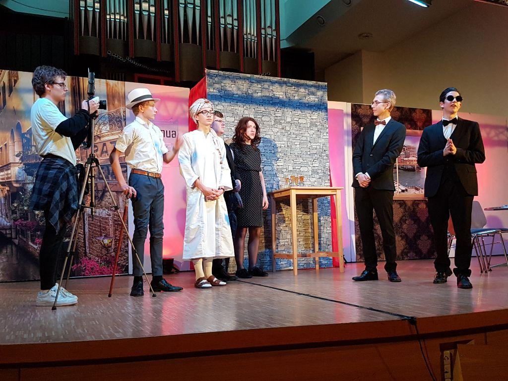 Gymnasium_Schulleben-Theater